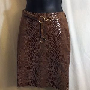 Identify 100% Leather Snakeskin Print Skirt Size 4